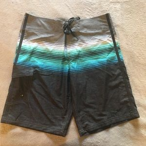 NWOT Men's Grey Teal Mossimo Board Shorts Size 34